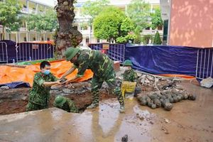 Bộ CHQS tỉnh Hải Dương: Phát hiện, xử lý an toàn hơn 350 vật nổ nghi là bom bi