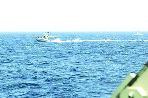 Mỹ và Iran lại xung đột trên biển