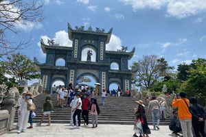 Du lịch Đà Nẵng: Thêm một lần 'đau' vì Covid-19