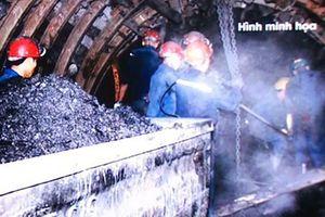 Một công nhân than tử vong do va đập vào xe goòng trong hầm lò
