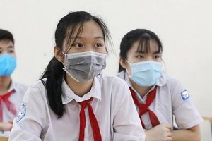Học sinh Hà Nội bắt đầu nộp phiếu dự thi vào lớp 10