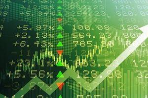 Cổ phiếu ngân hàng bứt tốc, chứng khoán lập đỉnh