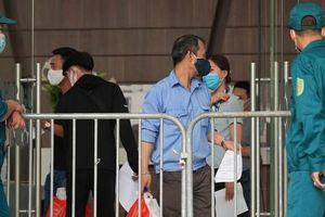 Hai vợ chồng dương tính SARS-CoV-2 ở Hà Nội ho sốt nhưng không khai báo