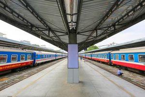 Ngành đường sắt bãi bỏ thêm đôi tàu tuyến Bắc-Nam vì dịch COVID-19