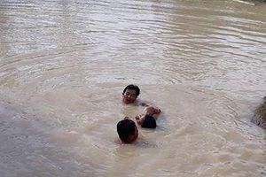 Thừa Thiên-Huế: Hai cháu bé tử vong do đuối nước ở ao cá sau nhà