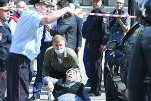 Tin tức Nhân Dân: Vụ xả súng ở Kazan và những kẻ ký sinh, cơ hội