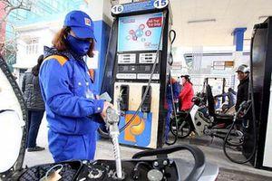 Giá xăng dầu tiếp tục tăng gần 500 đồng/lít