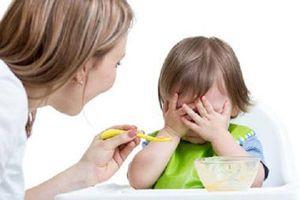 Có cần thiết phải bổ sung sản phẩm kích thích ăn ngon cho trẻ biếng ăn?