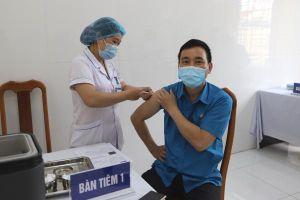 Cao Bằng: 8.059 người được tiêm chủng vắc xin phòng COVID-19