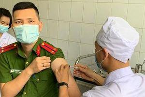 Vaccine phòng COVID-19 Việt Nam sản xuất: Bao giờ có?