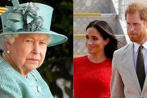 'Nội chiến' Hoàng gia bùng phát: Harry công khai nói 'sống ở hoàng tộc như trong sở thú'