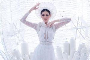 Hoa hậu Khánh Vân đã sẵn sàng trình diễn 'Kén Em' trong phần thi National Costume
