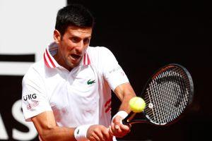 Djokovic thắng 9 game liên tiếp tại vòng 3 Rome Masters