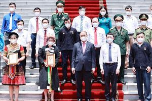 Chủ tịch nước Nguyễn Xuân Phúc tiếp đại biểu các dân tộc thiểu số tỉnh Bắc Giang