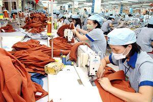 Đơn hàng trở lại, dệt may lo thiếu lao động