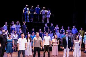 Hoãn lưu diễn vở nhạc kịch 'Những người khốn khổ' để phòng chống dịch Covid-19