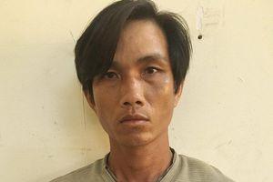 Bắt giam gã cha dượng châm thuốc lá vào người bé trai 6 tuổi