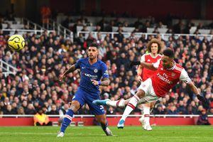 Chelsea 0-0 Arsenal: Đôi công hấp dẫn (H1)