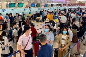 Bộ GTVT yêu cầu làm rõ việc hoàn phí dịch vụ sân bay với khách hủy vé