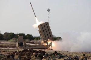 Lá chắn phòng thủ Vòm Sắt của Israel đối mặt thử thách khắc nghiệt