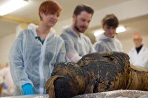 Phát hiện xác ướp có thai nhi trong bụng