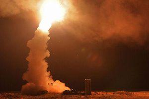 S-400 của Nga đẩy lùi một cuộc tấn công tên lửa lớn