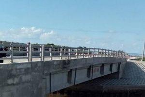 Đưa vào sử dụng cầu đê biển Gò Công, vừa để đi lại, vừa ngăn mặn