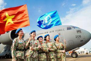 Cuộc vận động sáng tác và triển lãm ảnh 'Tự hào Phụ nữ Quân đội'