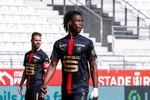 Paris Saint-Germain liên hệ mục tiêu của Manchester United