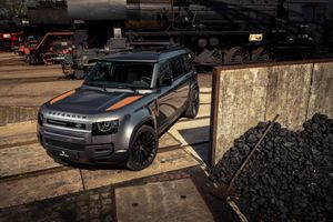 Land Rover Defender độ 'gỉ sét' dành riêng cho những người thích khác biệt