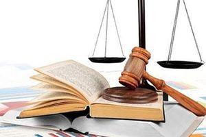 Thêm 4 cá nhân bị UBCK xử phạt vì bán chứng khoán 'chui'