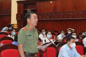 Thứ trưởng Trần Quốc Tỏ tiếp xúc cử tri tại Bắc Ninh