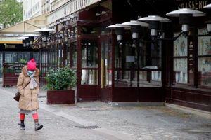 Đại dịch Covid-19 tại Pháp bắt đầu suy giảm