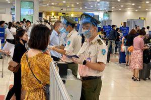 Bộ GTVT yêu cầu làm rõ việc hoàn phí dịch vụ ở sân bay khi hủy chuyến