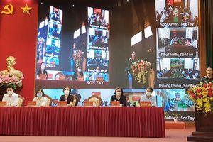 Người ứng cử đại biểu HĐND thành phố tiếp xúc cử tri tại thị xã Sơn Tây