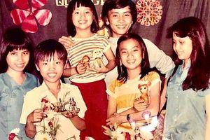 Bức ảnh tuổi thơ cực hiếm của gia đình một nghệ sĩ Việt, nhìn ảnh chẳng ai ngờ sau lớn lên có người trở thành vợ tỷ phú