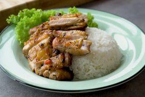 Cách ướp và nướng gà kiểu Thái bằng nồi chiên không dầu