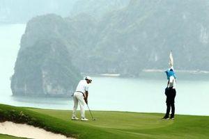 Quảng Ninh tạm dừng hoạt động quán ăn, hàng nước vỉa hè, sân golf