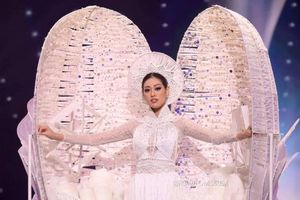 Hoa hậu Khánh Vân tự tin trình diễn 'Kén Em' tại Miss Universe 2020