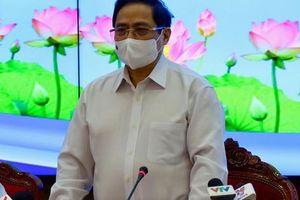 Phiên làm việc đầu tiên của Thủ tướng ở TP HCM