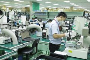 Giải pháp phát triển bền vững ngành công nghiệp điện tử