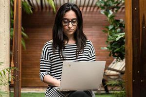 Tối ưu trải nghiệm di động với laptop mỏng nhất Lenovo ThinkPad X1 Titanium Yoga