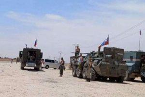 Quân đội Nga đã chặn quân đội Mỹ ở Syria lần đầu tiên sau một năm