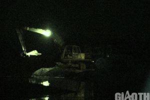 Vụ 'cát tặc' sông Trà Khúc: Công an kiểm tra mỗi đêm, sao vẫn lộng hành?