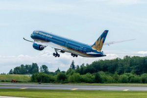 Cục Hàng không bất ngờ đề xuất bỏ trần giá vé máy bay