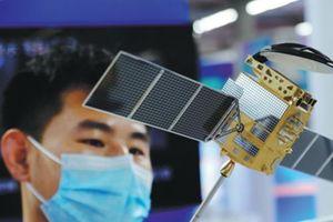 Cơ sở sản xuất vệ tinh thông minh nhỏ của Trung Quốc bắt đầu hoạt động