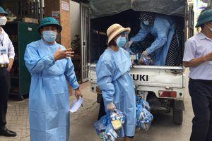 Bắc Giang: Phát 2 nghìn suất quà cho công nhân trong khu vực bị phong tỏa