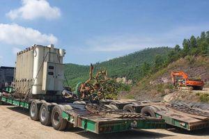Xe 'siêu trọng' Hải Sơn được phép chở 7 tấn hàng, nhưng tải hơn 90 tấn