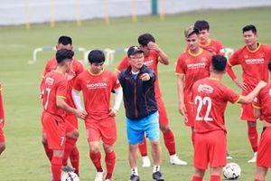 Đội tuyển Việt Nam tập thích nghi với thời tiết giống UAE