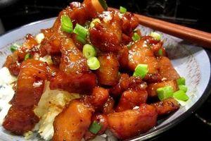 Món ngon mỗi ngày: Thịt lợn kho tiêu